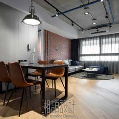 Dining room by 湘頡設計