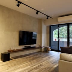 不拖泥帶水的寧靜感住所:  客廳 by 青築制作