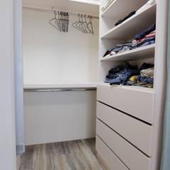 Dressing room by 青築制作