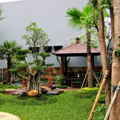 Spesialis Jasa Tukang Taman Gresik Jawa timur part II:  Pondok taman by TUKANG TAMAN SURABAYA - jasataman.co.id