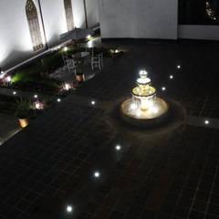 Garden Pond by Omar Interior Designer  Empresa de  Diseño Interior, remodelacion, Cocinas integrales, Decoración