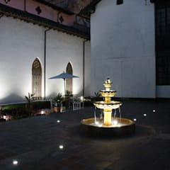 Пруд в саду в . Автор – Omar Interior Designer  Empresa de  Diseño Interior, remodelacion, Cocinas integrales, Decoración