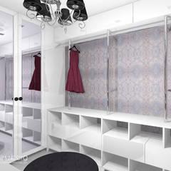 Dom Katowice : styl , w kategorii Garderoba zaprojektowany przez ANNA HIRSZBERG 'HIRSZBERG' PRACOWNIA ARCHITEKTONICZNA