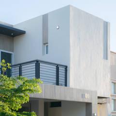 Terraza: Terrazas de estilo  por GPro - Gabinete de Proyectos