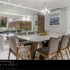 Apartamento Sofisticado : Salas de jantar  por Jacqueline Fumagalli Arquitetura & Design