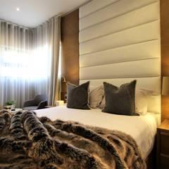 Bedroom design:  Bedroom by JSD Interiors