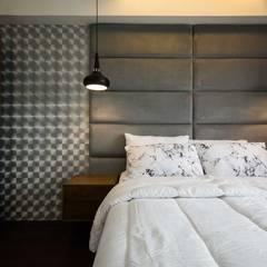 One Orchard Road: modern Bedroom by TG Designing Corner
