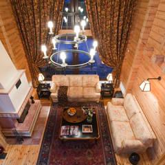 Salas de estar campestres por Design Studio Yuriy Zimenko Campestre Madeira Acabamento em madeira