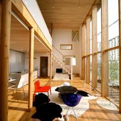 scandinavian Living room by 株式会社高野設計工房