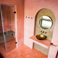 : klasieke Badkamer door Cleopatra BV
