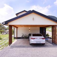 modern Garage/shed by 코원하우스