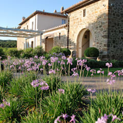 :  Garden by Fabiano Crociani Garden design
