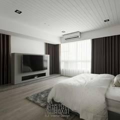 Bedroom by 湘頡設計