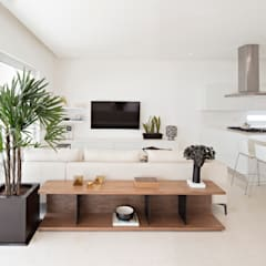 Phòng giải trí by GLR Arquitectos