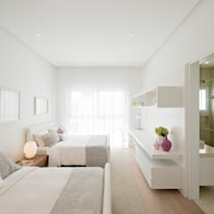 Girls Bedroom by GLR Arquitectos