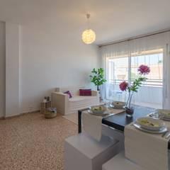 Home Staging con muebles de cartón en piso vacío de Camarles: Comedores de estilo mediterráneo de Home Staging Tarragona - Deco Interior