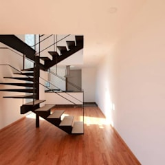 Escalera Sala: Escaleras de estilo  por Global Woods