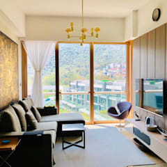 Mount Pavilia | Clear water bay | Hong Kong:  Living room by Nelson W Design, Modern Plywood