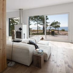 Living room by Ecologic City Garden - Paul Marie Creation,