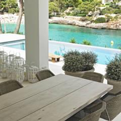 Casa en Cala d'Or: Piscinas de estilo  de FSarquitectura