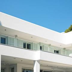 Casa en Cala d'Or: Casas unifamilares de estilo  de FSarquitectura