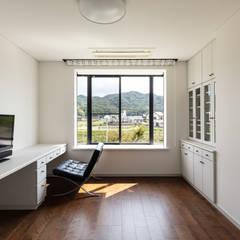 DESIGN CODE: SQOOL一級建築士事務所が手掛けた書斎です。