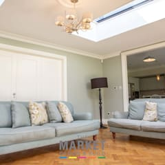 LOFT CONVERSION, DOUBLE STOREY SIDE AND REAR HOUSE EXTENSION IN RICHMOND: modern Living room by The Market Design & Build