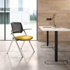 KIMBALL OFFICE: Complessi per uffici in stile  di Bluemotion srl