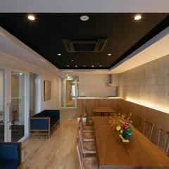 ラウンジ2: 一級建築士事務所 アリアナ建築設計事務所が手掛けたホテルです。