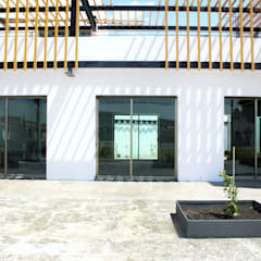 Commercial Spaces by Taller de Materia Arquitectónica , Minimalist