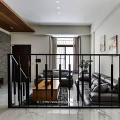 Stairs by 鼎士達室內裝修企劃