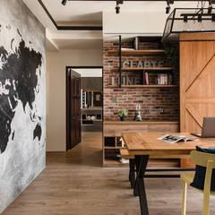 Salas de jantar  por 澄月室內設計