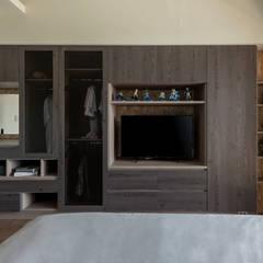 ห้องนอน by 澄月室內設計