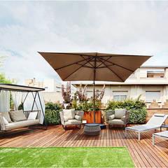 Reforma en Sant Cugat del Vallès de un penthouse por Jordi Sagalés: Terrazas de estilo  de JSV-Architecture