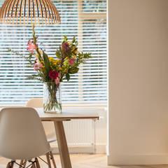 Ontwerp fris en eigentijds interieur: scandinavische Eetkamer door Bob Romijnders Architectuur & Interieur