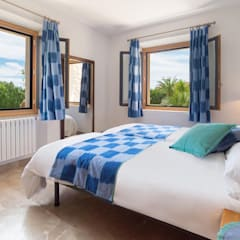 Dormitorio: Dormitorios de estilo  de Diego Cuttone - Arquitecto