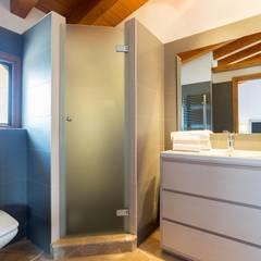 Baño: Baños de estilo  de Diego Cuttone - Arquitecto