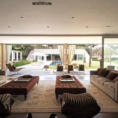 AAR: Salas de estar ecléticas por Raul di Pace Arquitetura