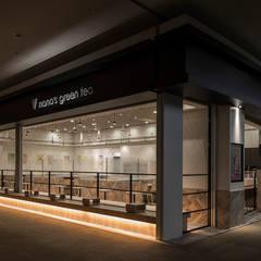 nana's green tea mozoワンダーシティ店: 株式会社KAMITOPEN一級建築士事務所が手掛けた商業空間です。