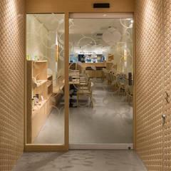 「組子」: 株式会社KAMITOPEN一級建築士事務所が手掛けたレストランです。