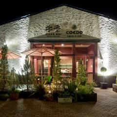 香麦: 株式会社KAMITOPEN一級建築士事務所が手掛けたレストランです。
