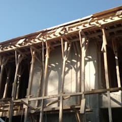 escuela juan escutia: Escuelas de estilo  por diseño & construcciones tapia