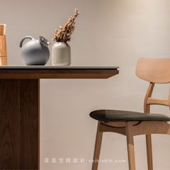 Salle à manger de style  par 湜湜空間設計