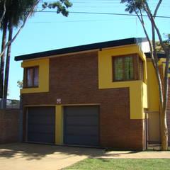 Casa LF - Exterior 19: Garajes de estilo  por Módulo 3 arquitectura