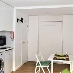 Apartamento T0: Espaços de restauração  por JHST, LDA