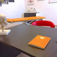 Studio : Cliniche in stile  di Daniele Piazzola architetto