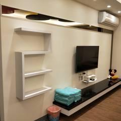 造型電視背景牆:  商業空間 by 頂尖室內設計工程行