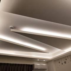 3樓房間:  商業空間 by 頂尖室內設計工程行