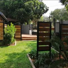 Garden revamp:  Garden by Young Landscape Design Studio