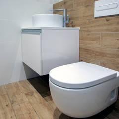 Baño equipado: Baños de estilo  de Grupo Inventia
